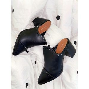 Report Brand Black Leather Mules